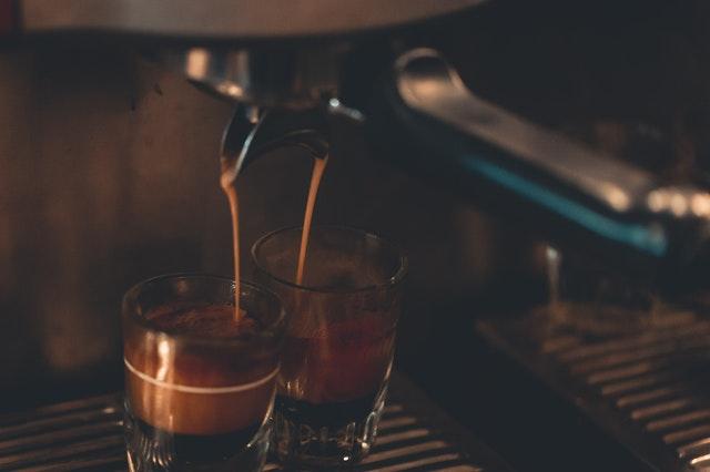 ekspres do kawy, jaki wybrać ekspres do kawy, dobry ekspres do kawy, ekspres jaki wybrać,