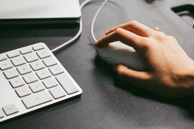 jaką myszkę kupić, myszka do komputera, myszka do laptopa, myszka przewodowa, myszka bezprzewodowa, myszka laserowa, myszka optyczna, myszka gamingowa,