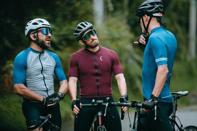 kask na rower, kask rowerowy, jaki kask wybrać, kask szosowy, kask mtb, kask orzeszek, kas szosowy, kask miejski,